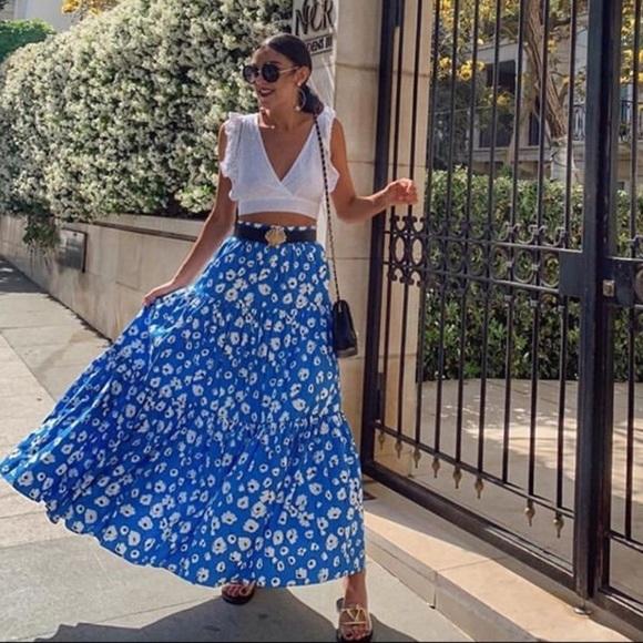 Zara Dresses & Skirts - ZARA Floral Print Skirt